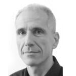 Vincent Risacher enseigne chez Apaxxdesigns. Il est Certifié Expert sur Photoshop (ACE) et Certifié Instructeur (ACI) par Adobe.